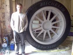 Изделия из пенопласта - колесо